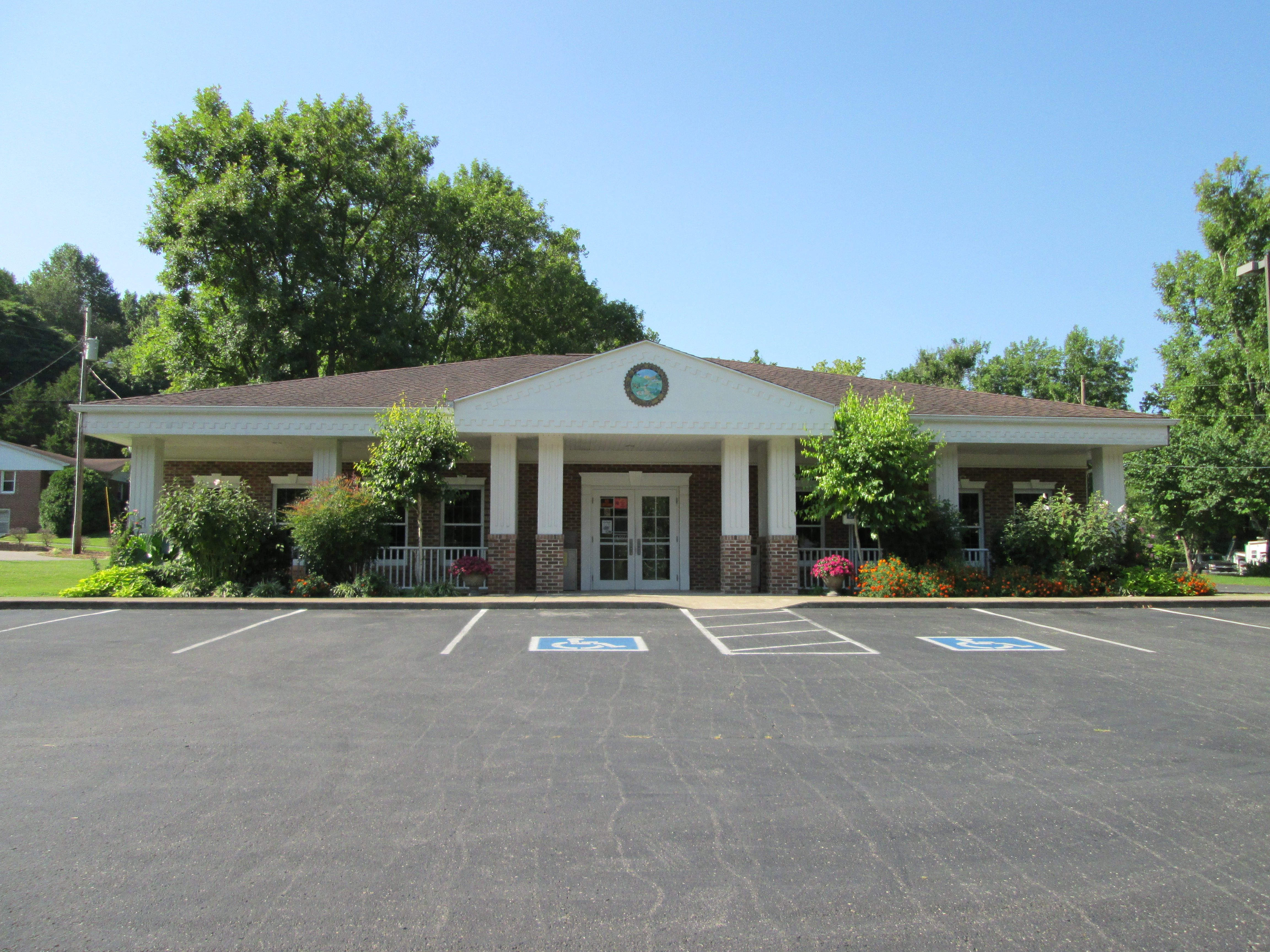 Red Boiling Springs Branch Library